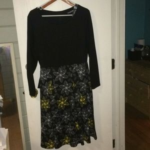 Black top with floral skirt NWT large